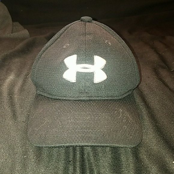 d076afdef47 Toddler 1-3 years old UA hat. M 5ace7c8ba825a659a96c07f2